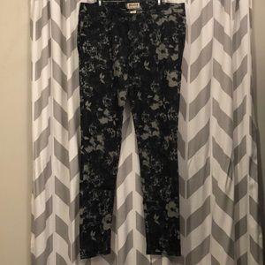 Mudd Black/Gray Floral Jeans